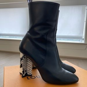 Louis Vuitton Silhouette Booties